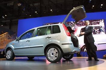 & The New Ford Fusion: Urban Confidence markmcfarlin.com